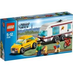 LEGO City 4435 Auto a karavan